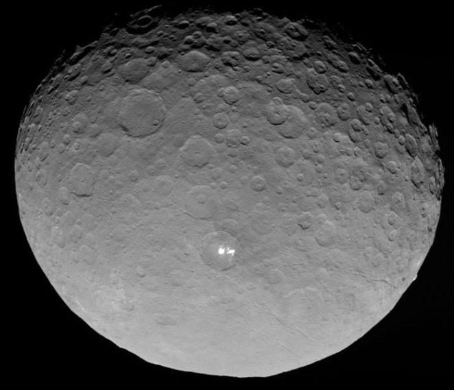 Ceres_RC3_with_bright_spots