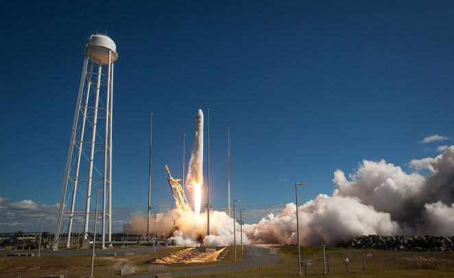 1024px-Antares_Orb-D1_launches_from_Wallops_(201309180010HQ)